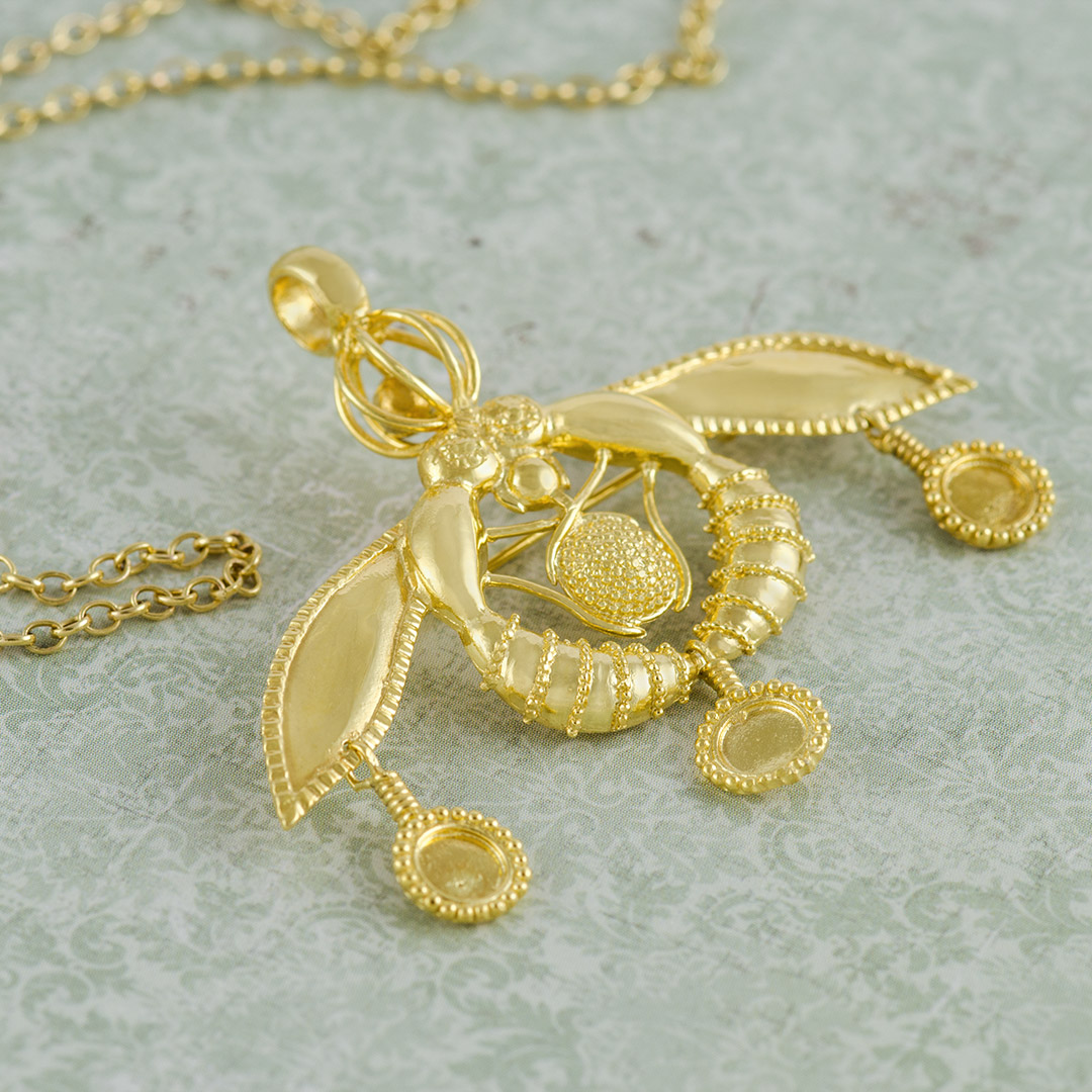 gold-bee-melissa-pendant-brooch-002986.jpg_product_product