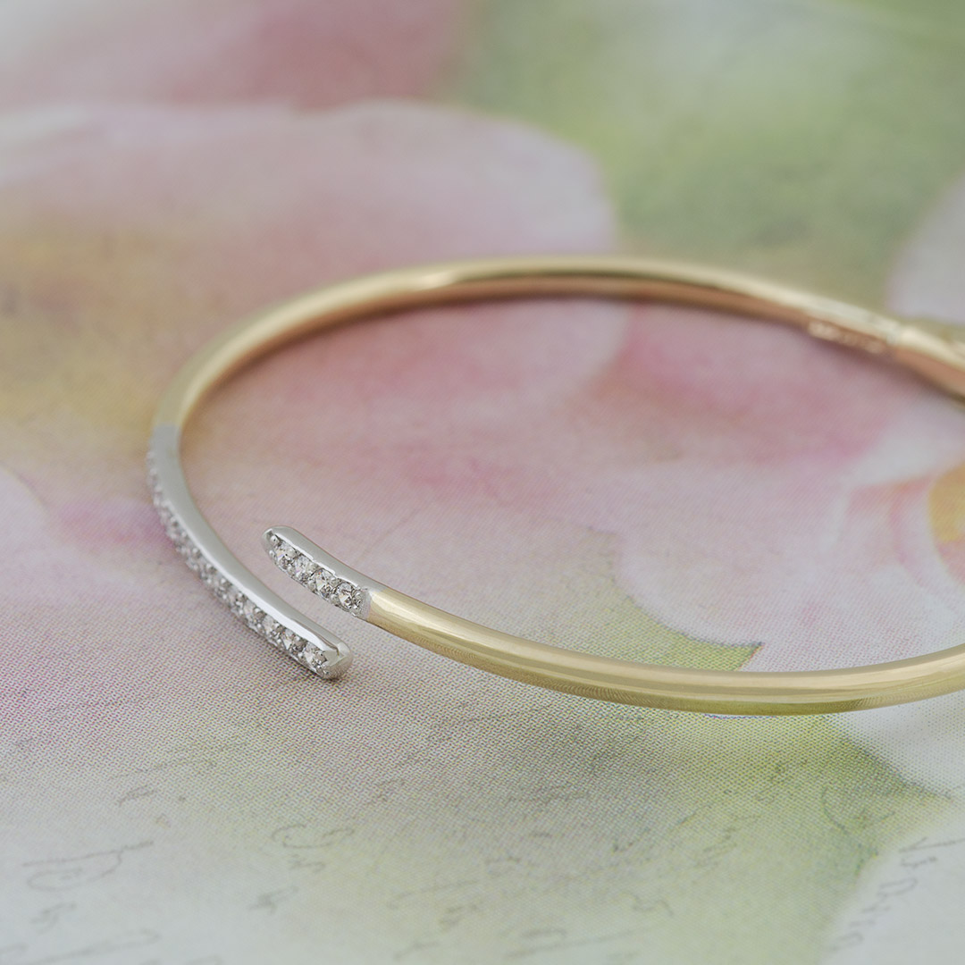 gold-bangle-cuff-bracelet-012846_a.jpg_product_product
