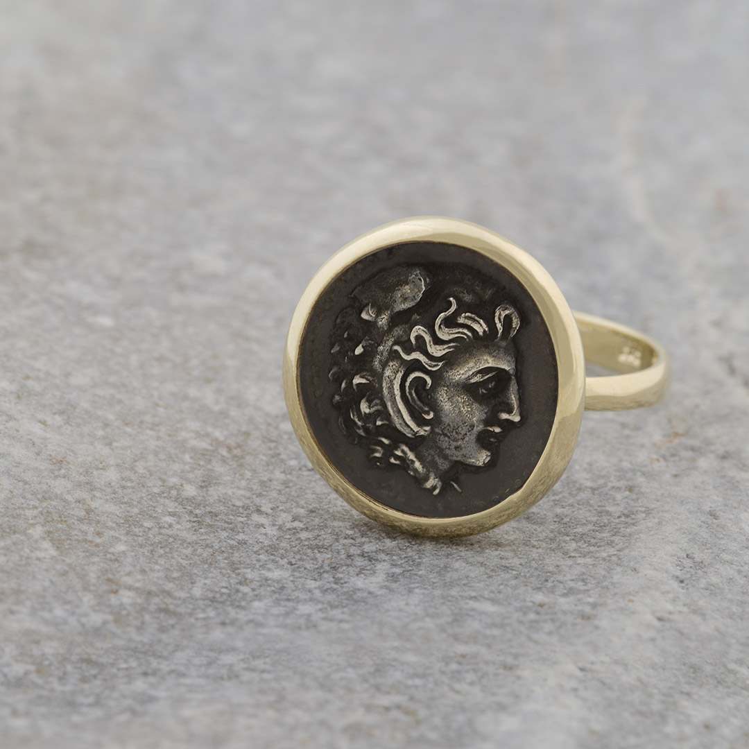 gold-ring-silver-coins-alexander-12493_c.jpg
