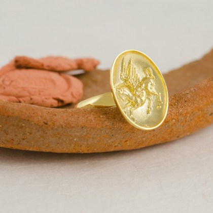 gold-signet-Pegasus-ring
